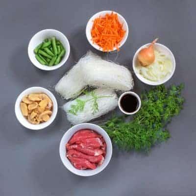 Beef & green bean stir fry ingredients