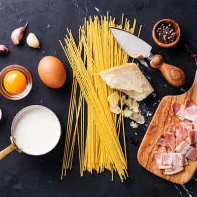 Ingredients for easy peasy spaghetti carbonara dinner