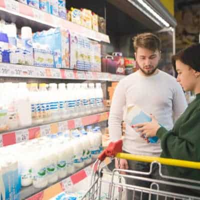 Generic groceries save money on a tight budget.